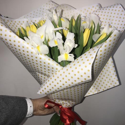 Букет из ирисов и тюльпанов: букеты цветов на заказ Flowwow