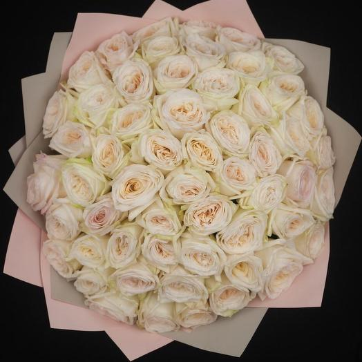 51 ароматная Премиум роз Вайт ОХара: букеты цветов на заказ Flowwow