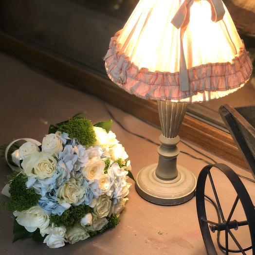 """Свадебный букет для невесты """"скромность """""""