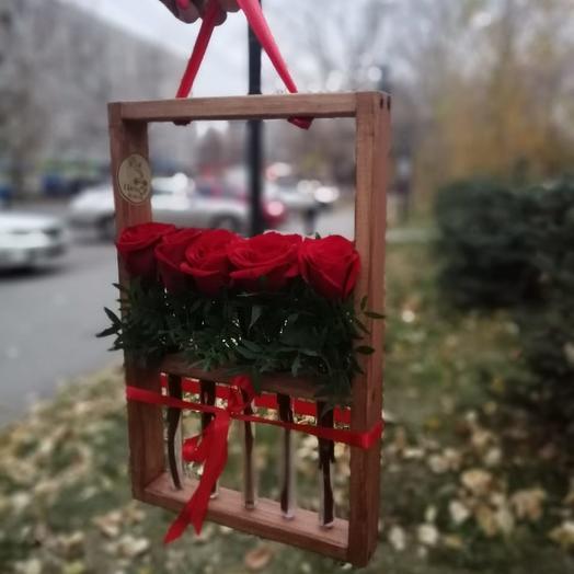Рамка на 5 колб с розами