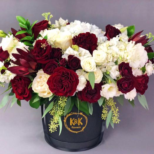 XXL Hat Box Arrangement 9: flowers to order Flowwow