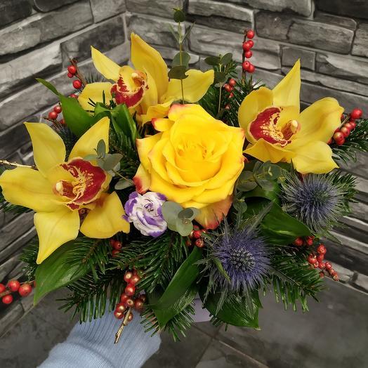 Эксклюзивная коробочка с орхидеей: букеты цветов на заказ Flowwow