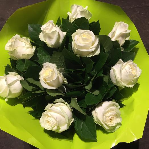 White roses with green