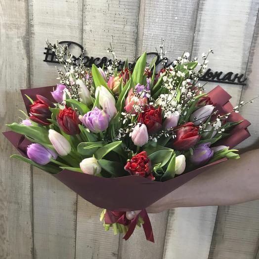 """Букет с тюльпанами """"Весенний микс"""": букеты цветов на заказ Flowwow"""