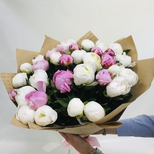 Страсть пионов: букеты цветов на заказ Flowwow