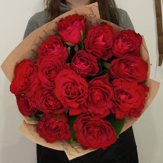 Роза красная кенийская 15 шт
