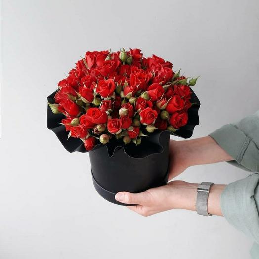 """Коробка""""19 кустовых красных роз"""""""