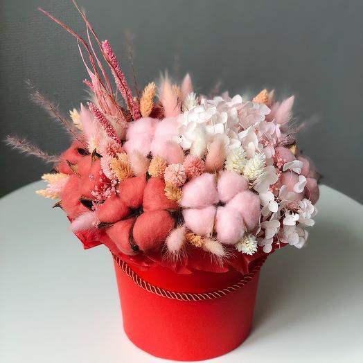 Цветы в коробке Red