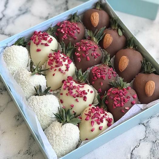 Набор клубника в Шоколаде Малина