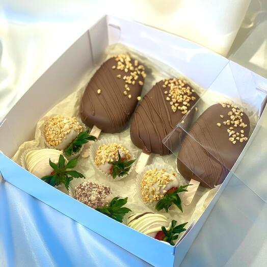 Кей-попсы и клубника в шоколаде