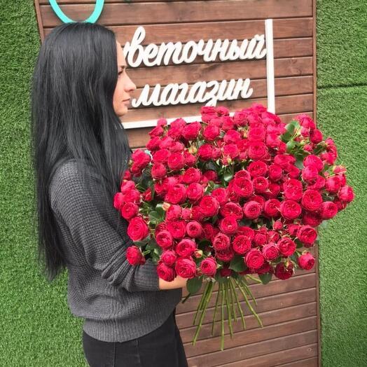 Букет из пионовидной розы сорта Марун