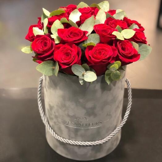 Розы в коробке