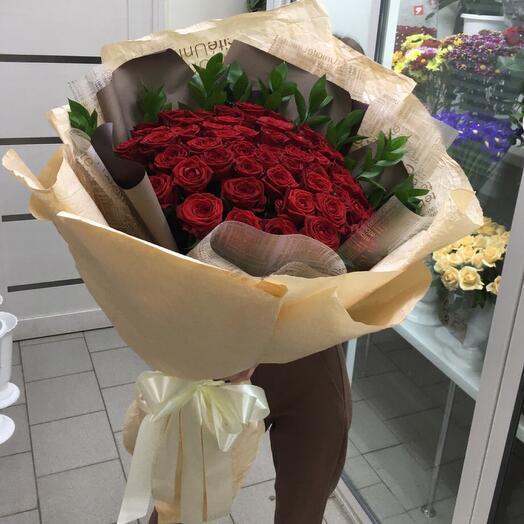 Тера - 51 роза в упаковке