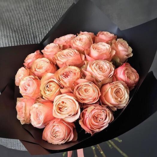 25 пионовидных роз Кахала