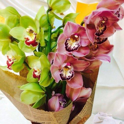 Стойкий микс орхидей: букеты цветов на заказ Flowwow