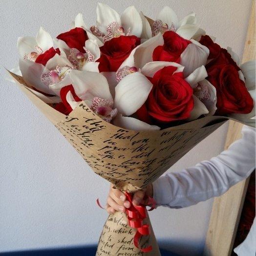 Букет роз с орхидеями: букеты цветов на заказ Flowwow