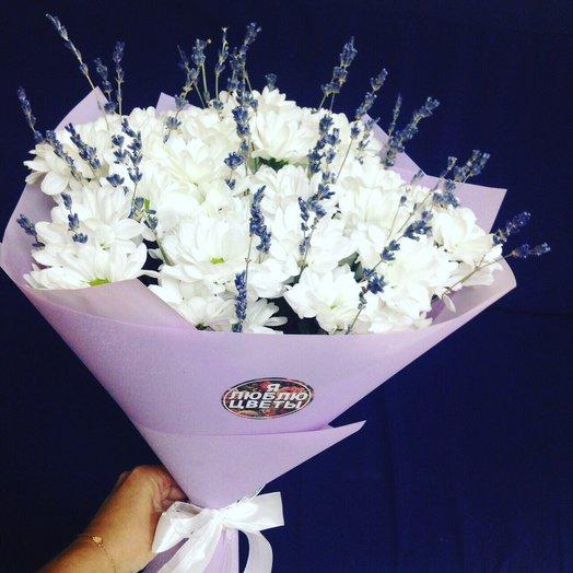 Белая ромашка с лавандой: букеты цветов на заказ Flowwow