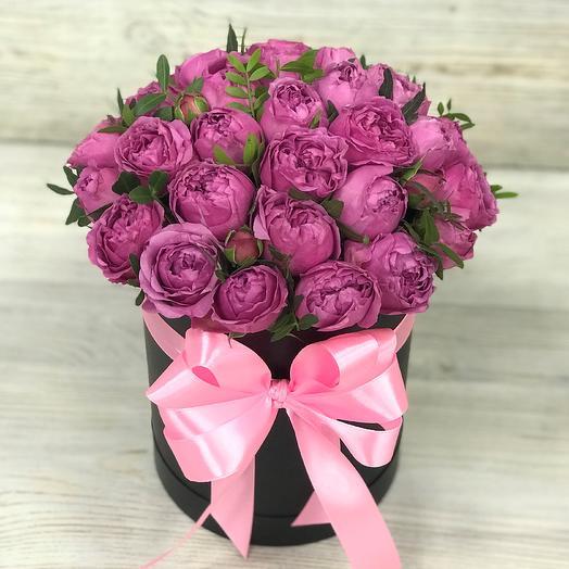 Коробки с цветами.Пионовидная кустовая роза. N241: букеты цветов на заказ Flowwow