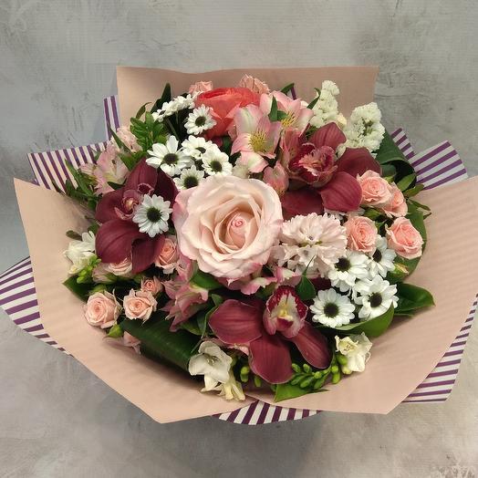 Букет из роз, орхидей и хризантемы: букеты цветов на заказ Flowwow