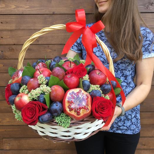 Корзина «фруктовое наслаждение»: букеты цветов на заказ Flowwow