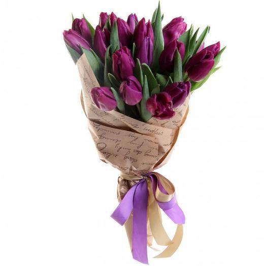 Букет фиолетовых тюльпанов: букеты цветов на заказ Flowwow