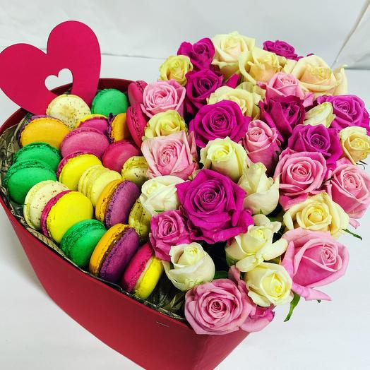 Коробка в виде сердца: букеты цветов на заказ Flowwow