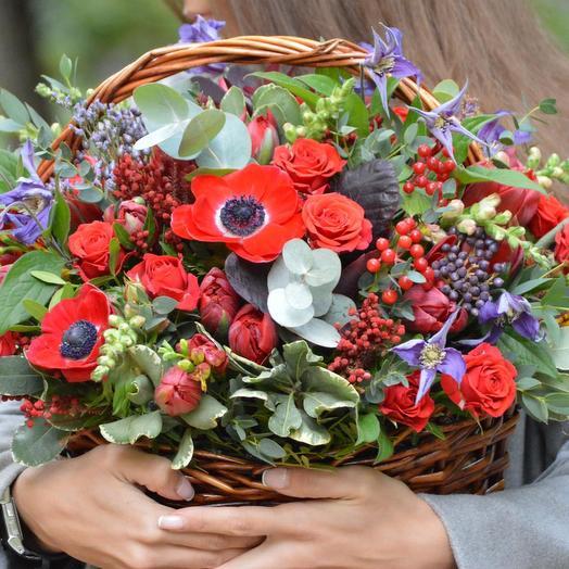"Корзина с цветами ""Ворожея"": букеты цветов на заказ Flowwow"