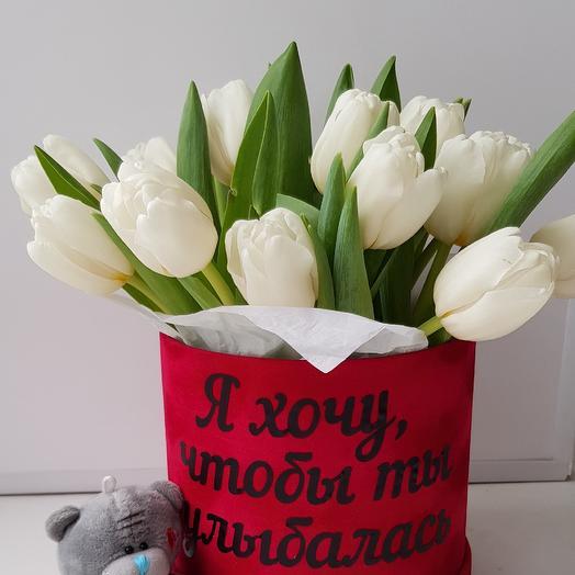 15 белых тюльпанов в коробке
