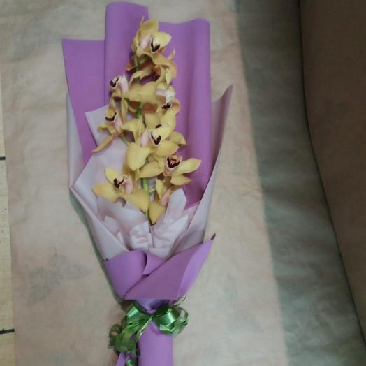 Букет «Королева орхидей»: букеты цветов на заказ Flowwow