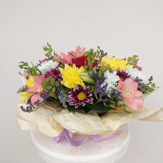 В. Каприз: букеты цветов на заказ Flowwow