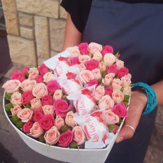 """Розы с Рафаэлло """"От любящего сердца!"""""""