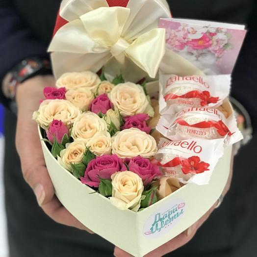 Комплимент розы и рафаэлло