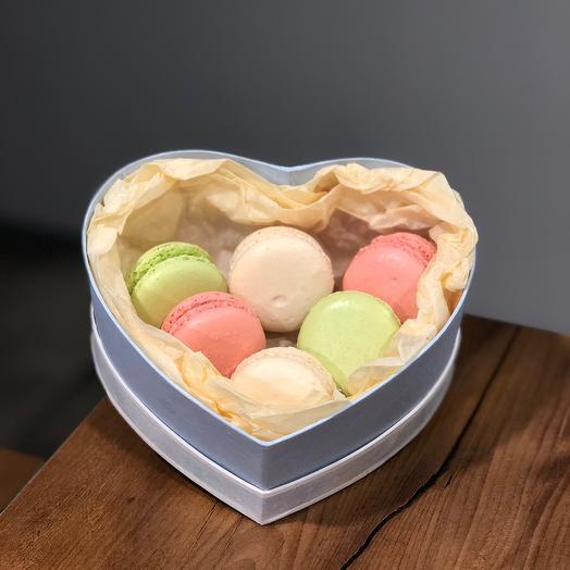 Heart with macaroni