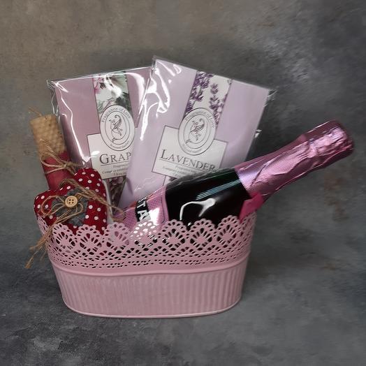Подарочный набор в розовых цветах