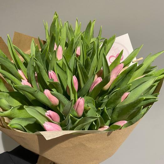 Тюльпанов розовые