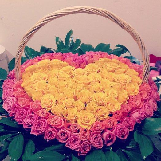 101 шт роза в виде сердца: букеты цветов на заказ Flowwow