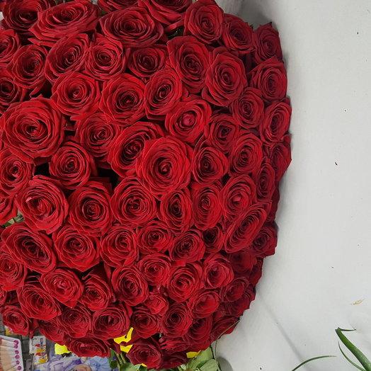 Букет из 101 розы Ред Наоми