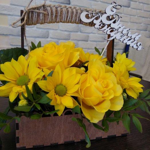 Композиция в деревянном ящике: букеты цветов на заказ Flowwow