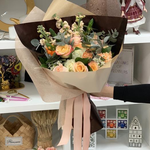 Благородная классика: букеты цветов на заказ Flowwow