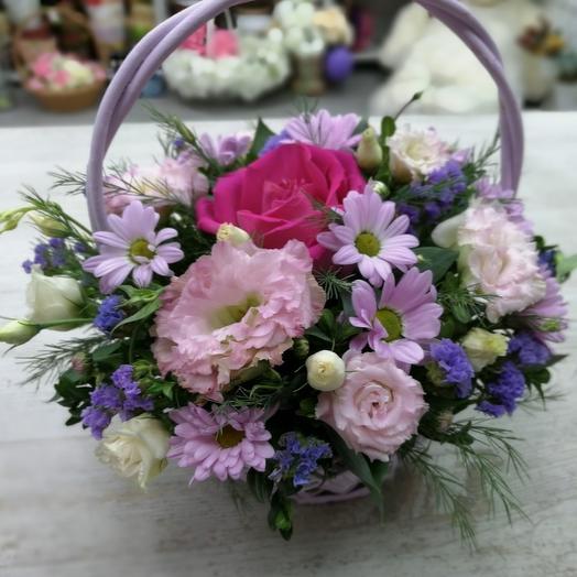 Букет с самшитом и эустомой: букеты цветов на заказ Flowwow