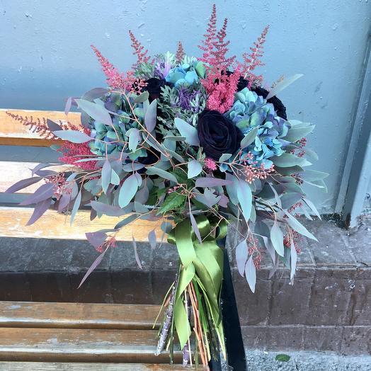 Сумеречная симфония: букеты цветов на заказ Flowwow