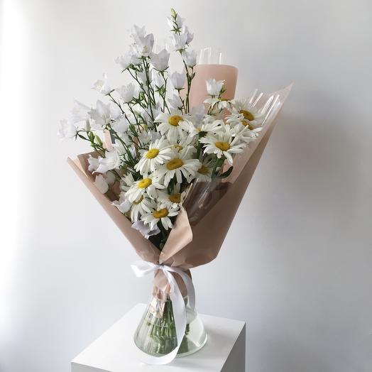 Букет Ромашки+Колокольчики: букеты цветов на заказ Flowwow