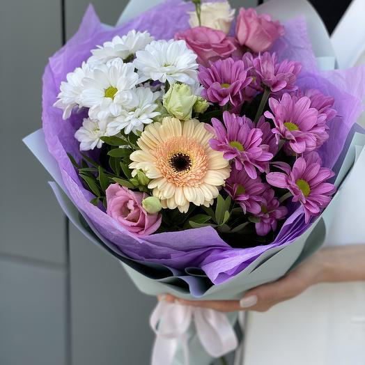 Bouquet of chrysanthemums, eustoma and gerbera Amir