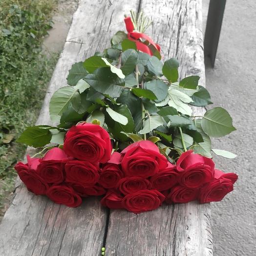 Ред Наоми (классические розы)