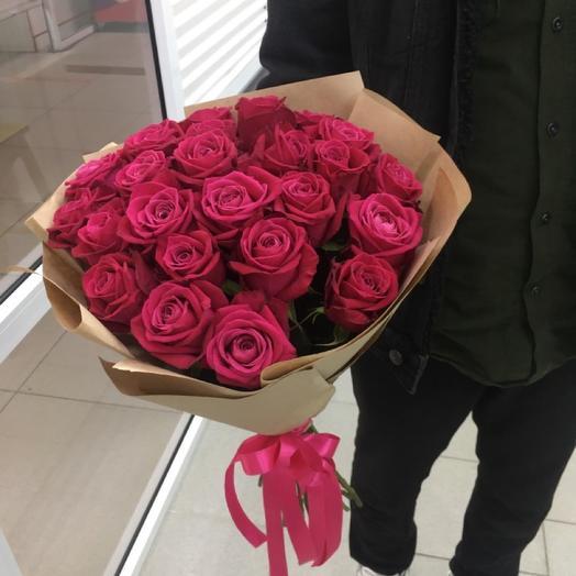 Оливия - 25 Ароматных Малиновых Роз
