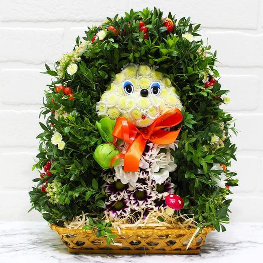Новогодний ёжик из живых цветов