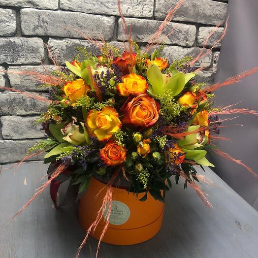 Цветы в коробке «Ультрамарин»