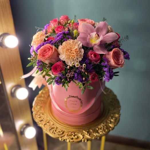 Цветы в коробке «Трейси»