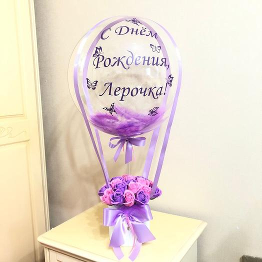 Мыльные розы в коробке с шаром баблс на день рождения