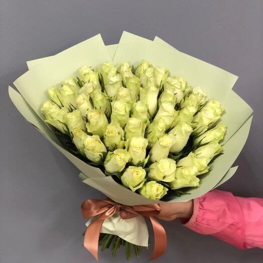 Букет из 51 розы с оформлением